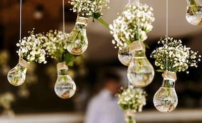 Ide Dekorasi Pernikahan Dari Bunga