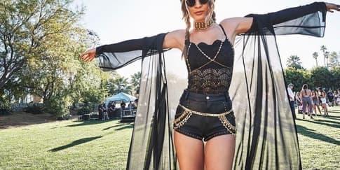 9 Tampilan Artis di Festival Coachella