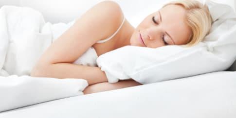 Makan Sebelum Tidur Ampuh Mengatasi Insomnia
