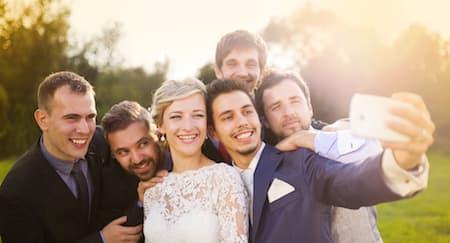 Aplikasi Berbagi Foto Khusus Pernikahan