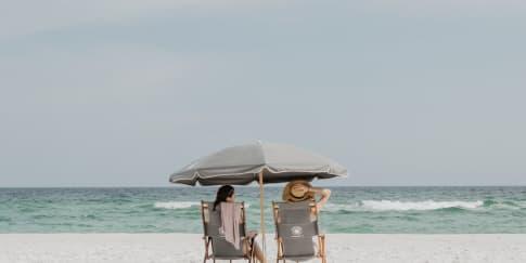 7 Manfaat Berlibur Ke Pantai untuk Kesehatan