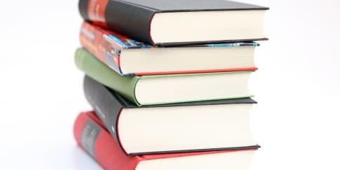 7 Rekomendasi Buku Menarik Untuk Liburan Akhir Pekan
