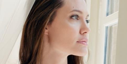 Berhubungan Seksual Saat Hamil? Ini Kata Angelina Jolie