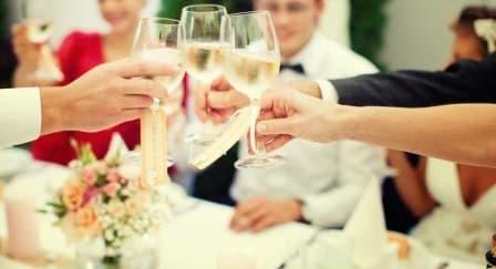 Manfaat Menggelar Pernikahan di Hari Kerja