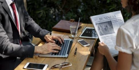 8 Cara Mudah Meningkatkan Karier Di Tempat Kerja
