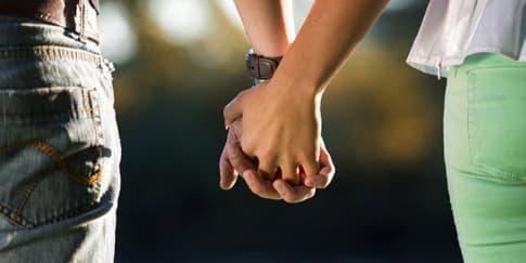 Cara Unik Pasangan Nyatakan Cinta