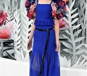 Trending Now: Warna Biru dari Couture Fashion Week