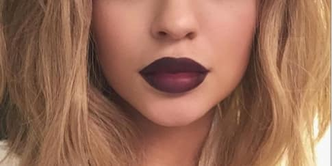 Kylie Jenner Ubah Warna Rambut untuk Love Magazine
