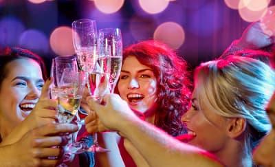 5 Peraturan Penting dalam Pesta Bachelorette