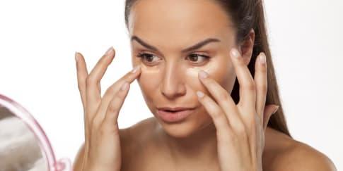 9 Alat Makeup yang Wajib Punya untuk Pemula