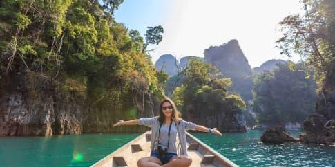 9 Destinasi Wisata Domestik untuk Liburan Akhir Tahun