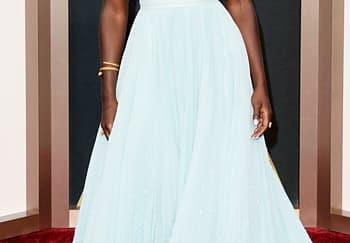 Lupita Nyong'o Pukau Karpet Merah Oscar 2014