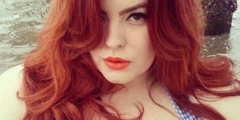 Tess Munster, Model Big Size Pertama Dikontrak Agen Besar