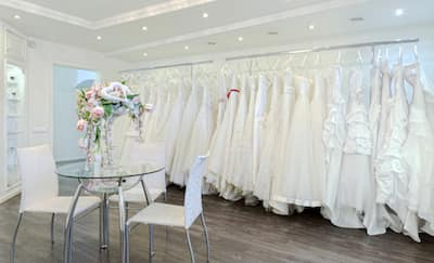 Cara Mendapatkan Gaun Pengantin Impian