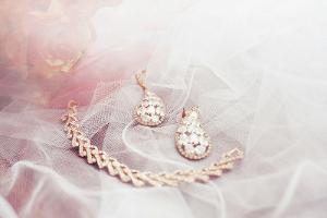 Tips Memilih Perhiasan untuk Pernikahan