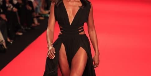 Naomi Campbell Adakan Fashion For Relief