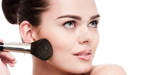 4 Produk Makeup Ini Tak Boleh Digunakan Bersama!