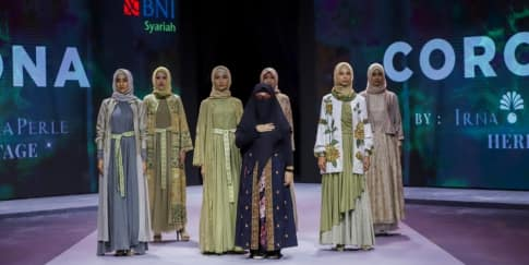 Busana Muslimah Yang Terinspirasi Dari Virus Corona