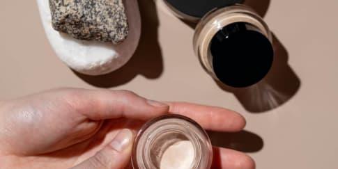 Rekomendasi Concealer Brand Lokal Untuk Kulit Sawo Matang