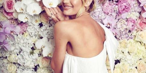 Candice Swanepoel Hamil Lagi