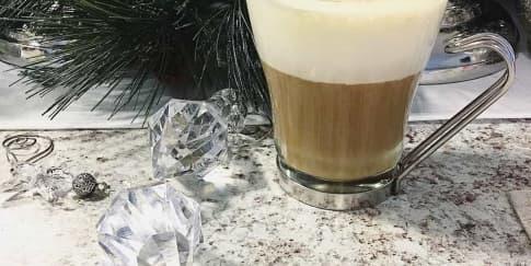 Cara Membuat Eggnog Latte