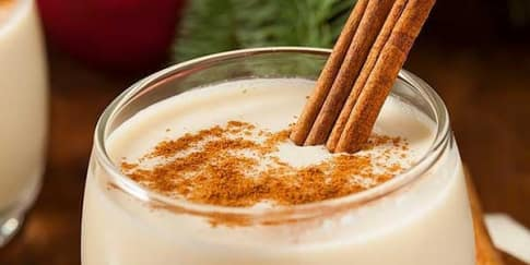 Cara Membuat Eggnog Untuk Hari Natal