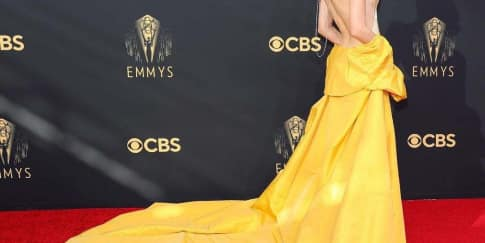 Inilah 8 Gaya Busana Terbaik Selebriti di Emmy Awards 2021