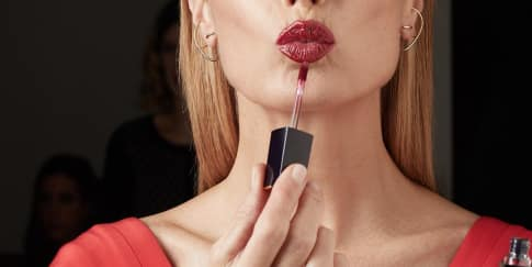Estee Lauder Hadirkan Pure Color Envy Lip Color