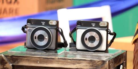 Fujifilm Hadirkan Kamera Instan Instax Square SQ6