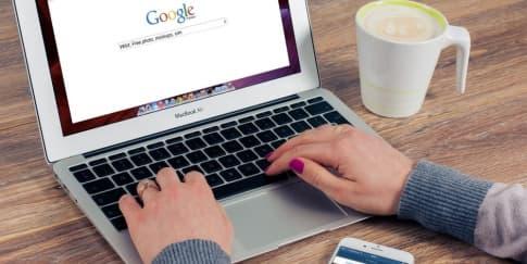 Yang Bisa Dicari Terkait Covid-19 & #dirumahaja Lewat Google