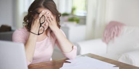 Hati-hati! Inilah Tanda Stres Yang Timbul Pada Kulit Wajahmu