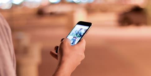 Hubungan Antara Media Sosial dan Perselingkuhan