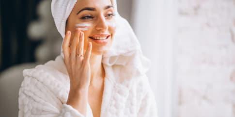Inilah Urutan Pemakaian Skincare Yang Benar!