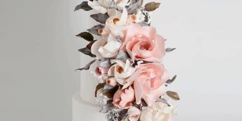 Inspirasi Kue Pengantin Bernuansa Bunga