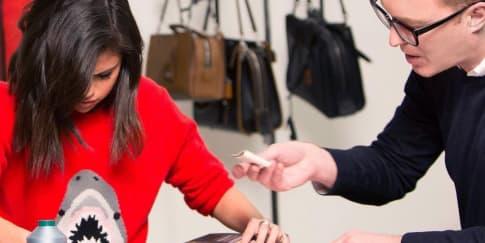 Intip Proses Pembuatan Tas Coach Selena Grace