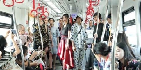 JFFF 2019: Jadikan LRT 'Panggung' Peragaan Busana