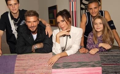 Keluarga Beckham Dukung Victoria Di London Fashion Week
