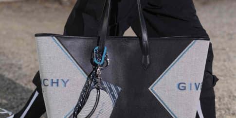 Koleksi Tas 'Bond' Givenchy Kini Hadir Untuk Pria