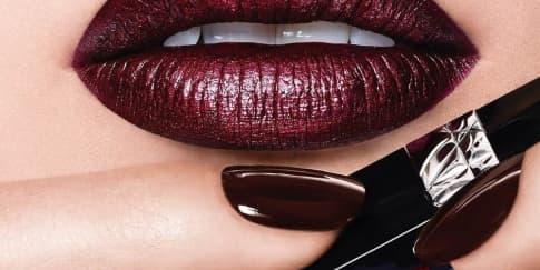 Lipstik Dior Rogue Hadir Dalam Bentuk Cair