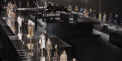 Memori Riccardo Tisci Di Koleksi FW20 Burberry