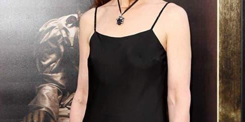 Mengenal Bonnie Aarons, Sosok di Balik Valak 'The Nun'