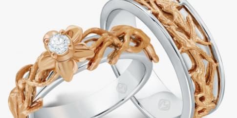 Menguji Kadar Perhiasan di 'Dazzling Jewelry Festival'