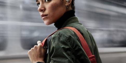 Mengulik Fitur Unik Samsung Galaxy Watch Active & Buds