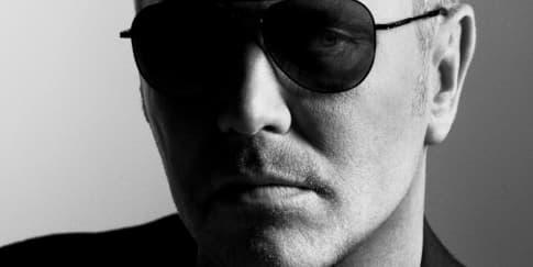 Michael Kors Jadi Pemilik Baru Jimmy Choo