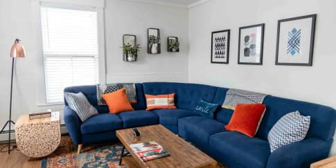 Inspirasi Produk Dekorasi Rumah Warna Navy Blue