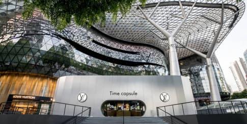 Pameran Time Capsule Louis Vuitton di Singapura