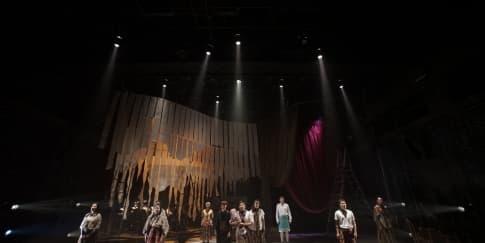 Pentas Unik Penuh Tawa di Musikal 'Into the Woods'