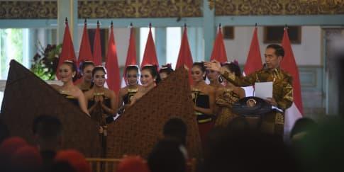 Perayaan Meriah di 'Hari Batik Nasional' 2019