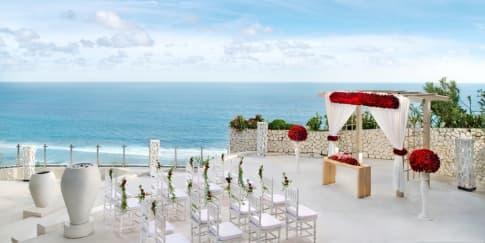 Pernikahan Impian Spektakuler di Banyan Tree Ungasan