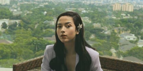 Putri Marino: Dari Pegawai Kantoran Jadi Bintang Film